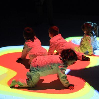La compañía catalana Imaginart presenta mañana en el Teatro Principal de Santiago 'Little Night'