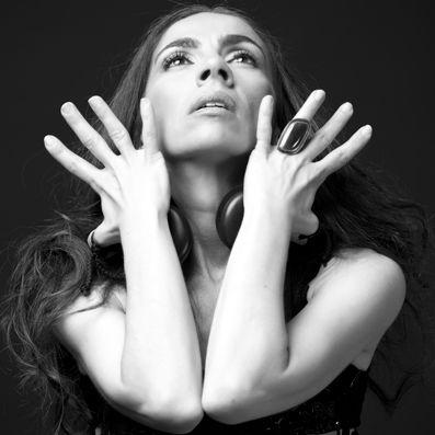 Isabel Bayón bailará este domingo en el Auditorio de Barañain 'Lo esencial' de la mano de 'Danza a Escena'