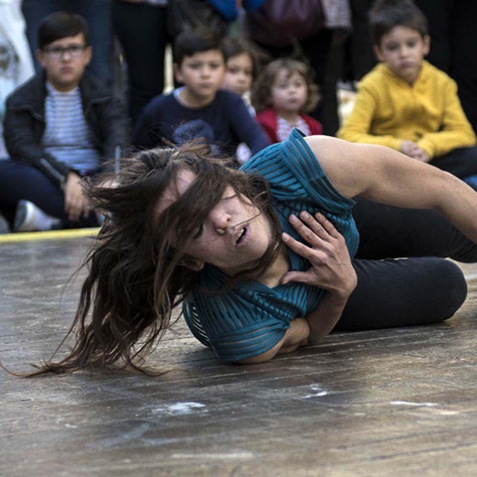 'Danza a Escena' arranca en Mérida con 'Billie Jean', de La Intrusa
