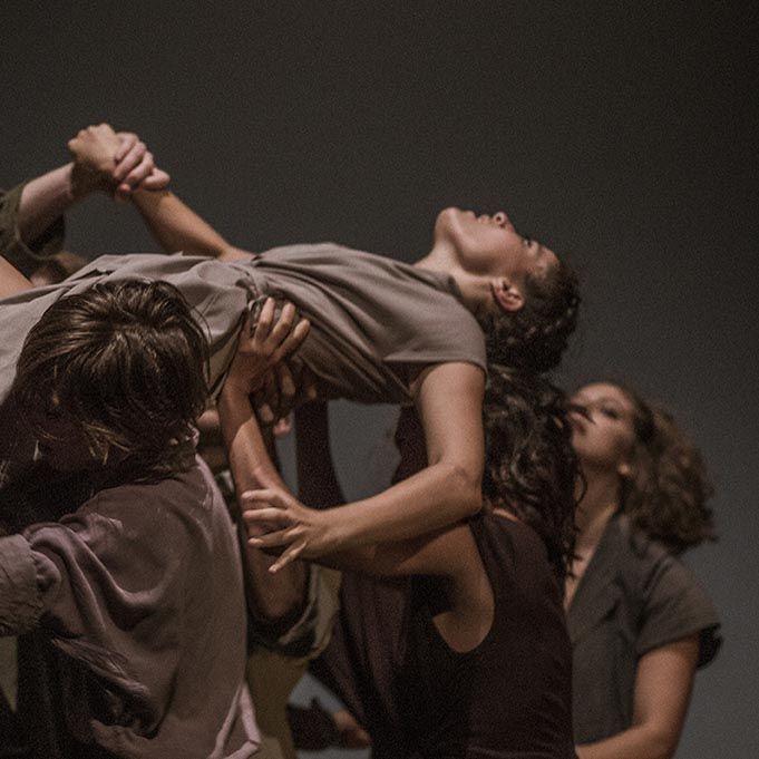 'Danza a Escena' recala en el Teatro Alhambra de Granada con 'Una gran emoción política'