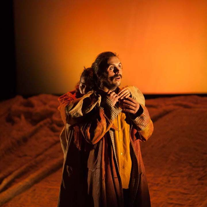 'Danza a Escena' se despide del Teatro Principal de Santiago de Compostela con 'Lar (la casa, el hogar)'