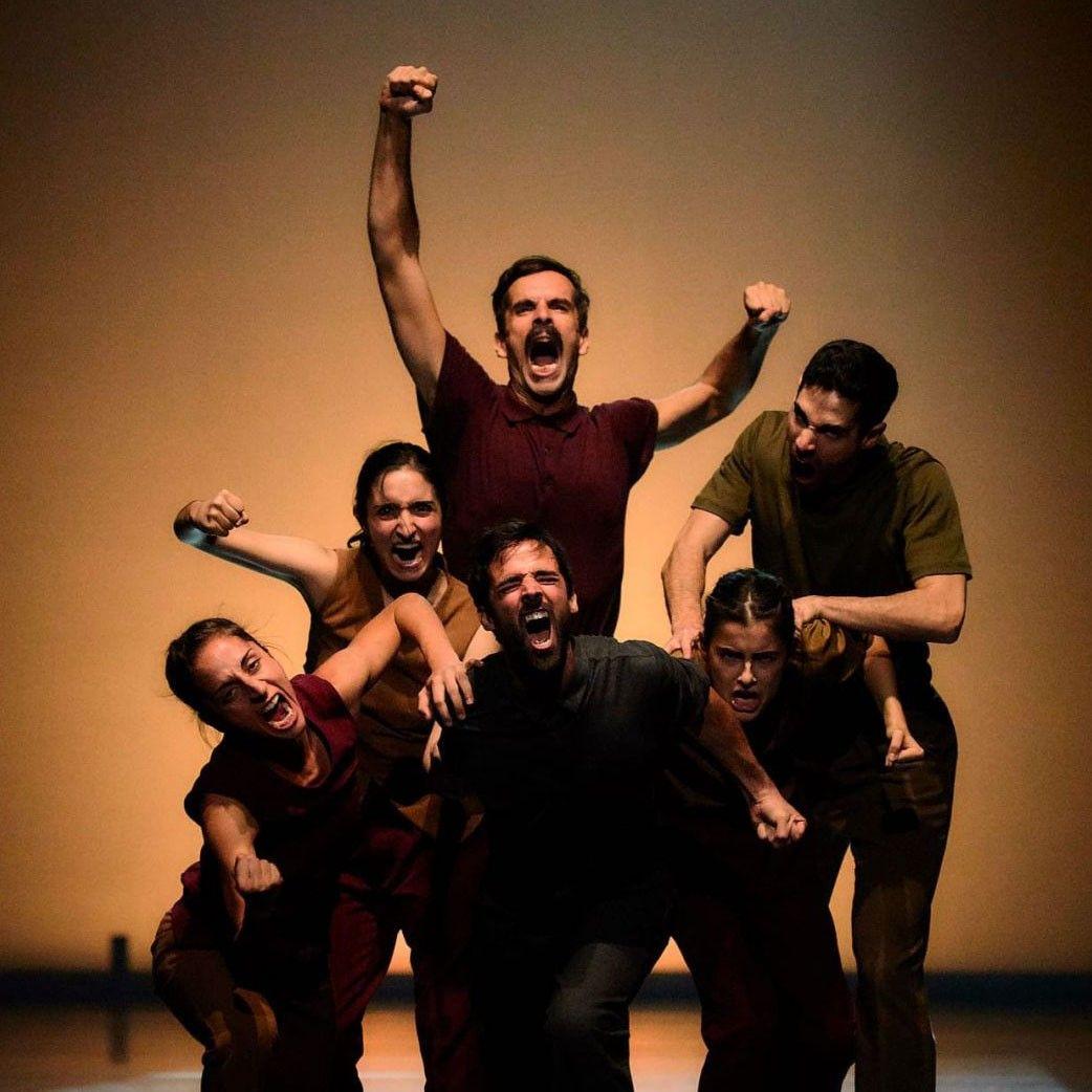 'Danza a Escena' se despide del Teatro Rosalía de Castro con 'Bending the Walls' y 'Beyond'